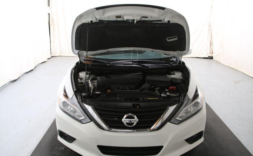 2016 Nissan Altima 2.5 SV #23