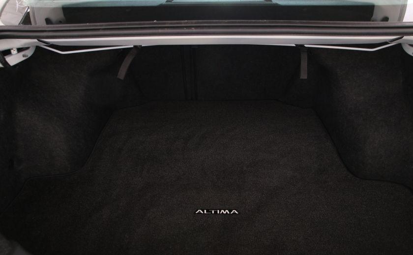 2016 Nissan Altima 2.5 SV #26