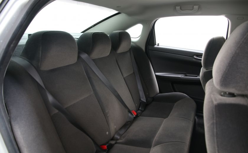 2009 Chevrolet Impala LS #16