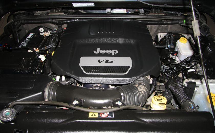2014 Jeep Wrangler Sport 4WD #20