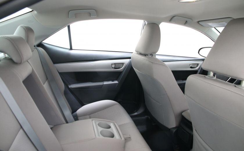 2015 Toyota Corolla LE #16