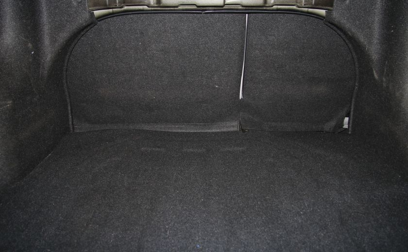2009 Hyundai Accent L #22