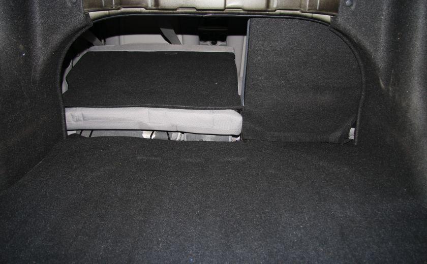 2009 Hyundai Accent L #23