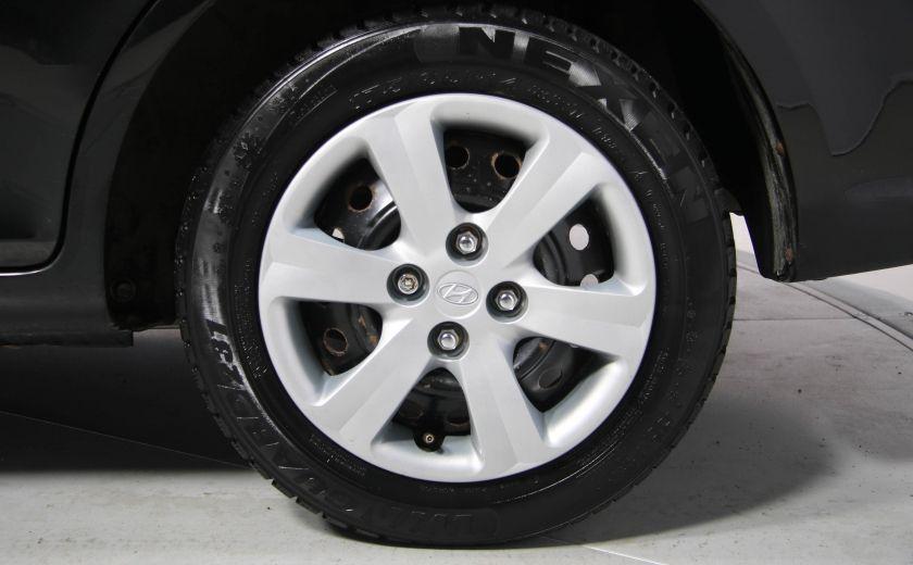 2009 Hyundai Accent L #24
