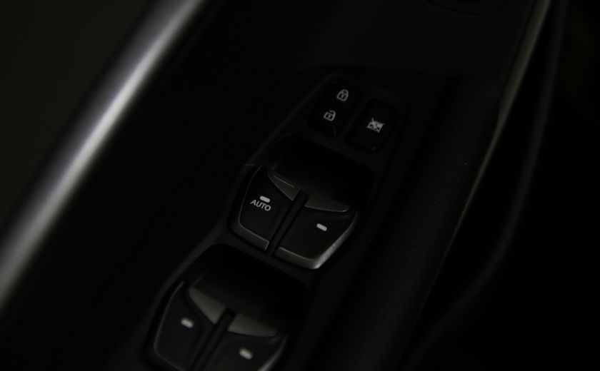 2013 Hyundai Santa Fe FWD 4dr 2.4L Auto #6
