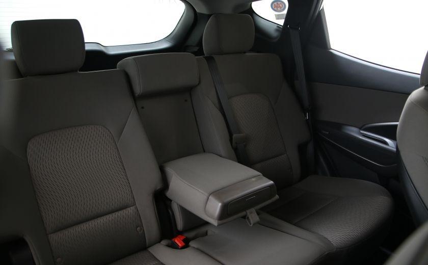 2013 Hyundai Santa Fe FWD 4dr 2.4L Auto #16
