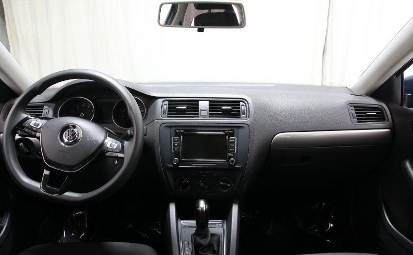 2015 Volkswagen Jetta Trendline+ #9