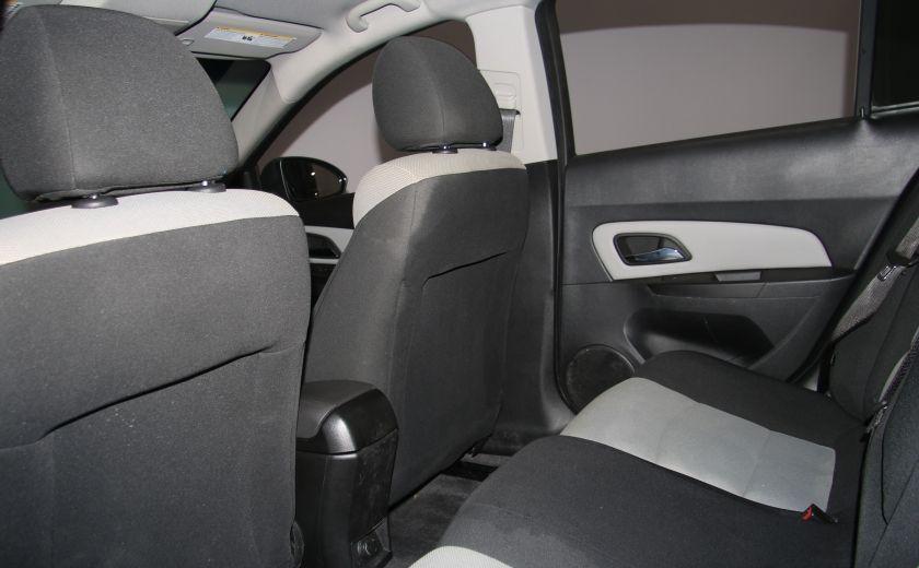 2012 Chevrolet Cruze LS A/C GR ELECT #16