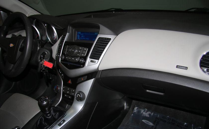 2012 Chevrolet Cruze LS A/C GR ELECT #20