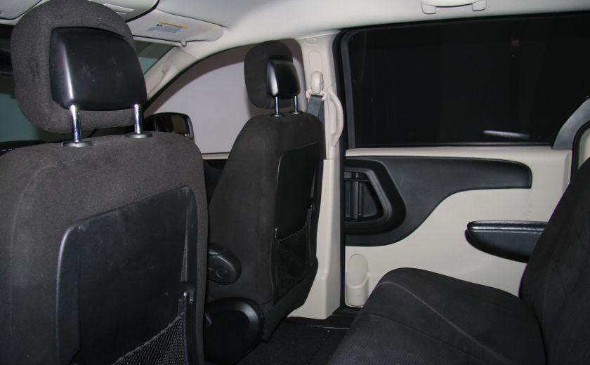 2013 Dodge GR Caravan SE A/C GR ELECT #16