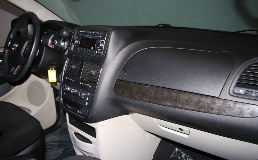 2013 Dodge GR Caravan SE A/C GR ELECT #22