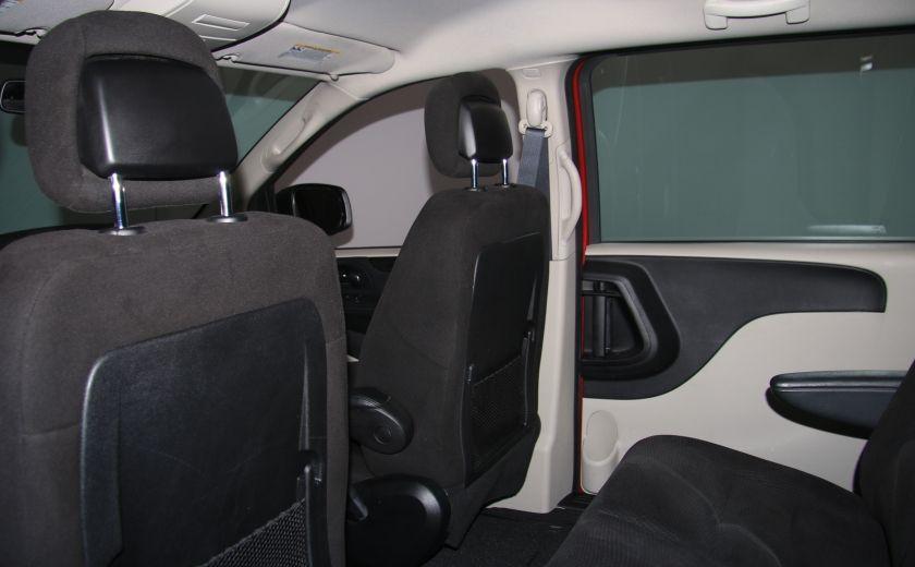 2014 Dodge GR Caravan SE A/C GR ELECT #17