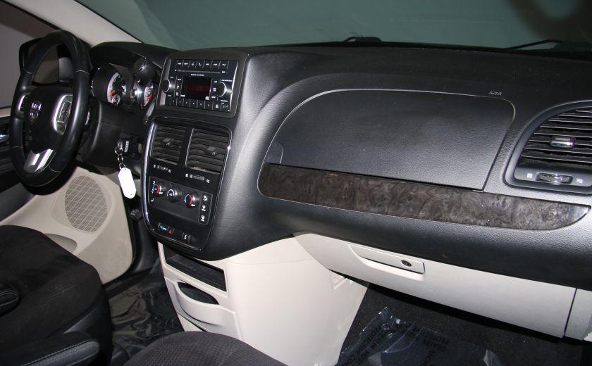 2014 Dodge GR Caravan SE A/C GR ELECT #23