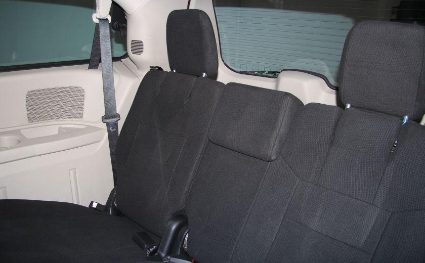 2011 Dodge GR Caravan SE A/C GR ELECT #17