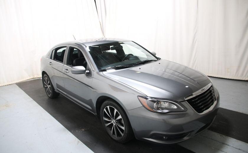 2012 Chrysler 200 S #0
