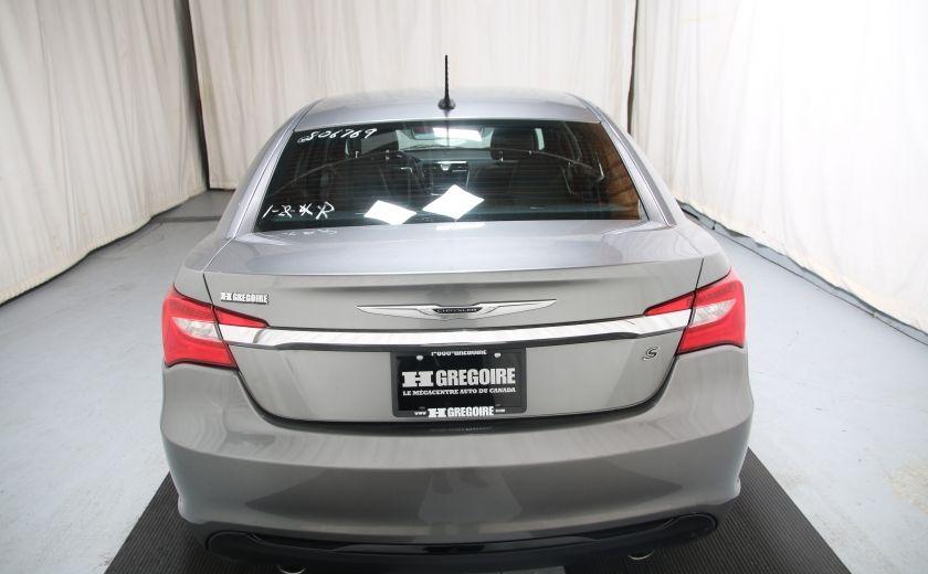 2012 Chrysler 200 S #4