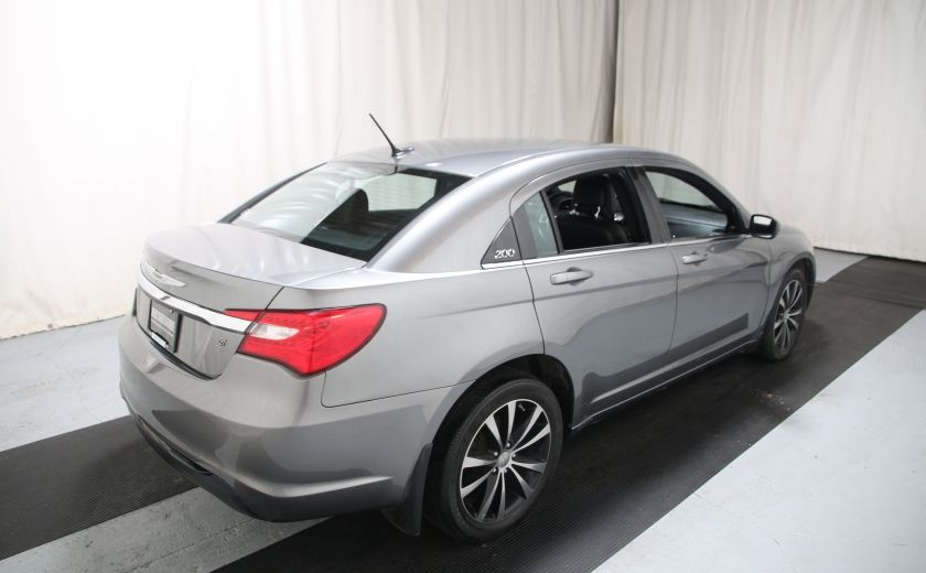 2012 Chrysler 200 S #5