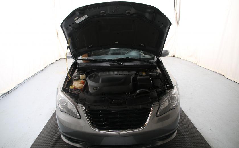 2012 Chrysler 200 S #21