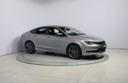 2015 Chrysler 200 S AUTO A/C TOIT PANO MAGS BLUETOOTH in Laval