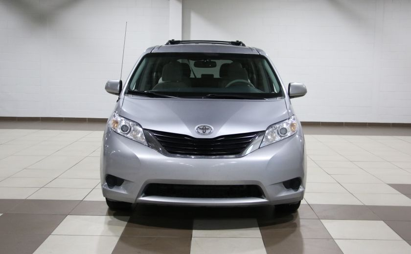 2013 Toyota Sienna LE AWD AUTO A/C MAGS BLUETOOTH 7 PASS #1