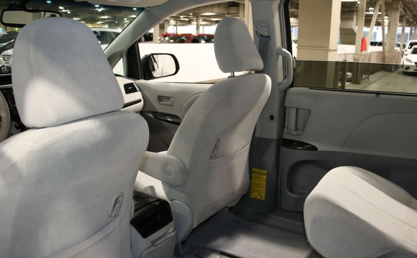 2013 Toyota Sienna LE AWD AUTO A/C MAGS BLUETOOTH 7 PASS #18