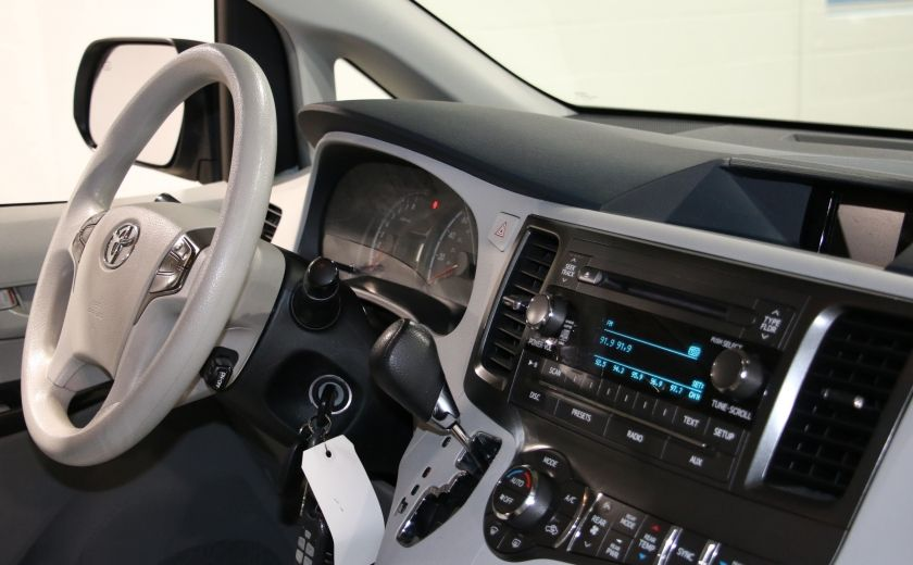 2013 Toyota Sienna LE AWD AUTO A/C MAGS BLUETOOTH 7 PASS #25