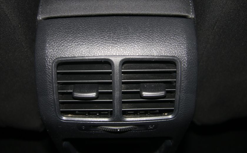 2013 Volkswagen Golf AUTO A/C GR ELECT MAGS #16