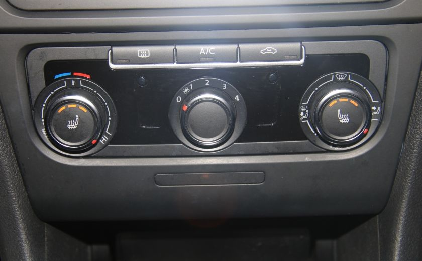 2013 Volkswagen Golf AUTO A/C GR ELECT MAGS #17