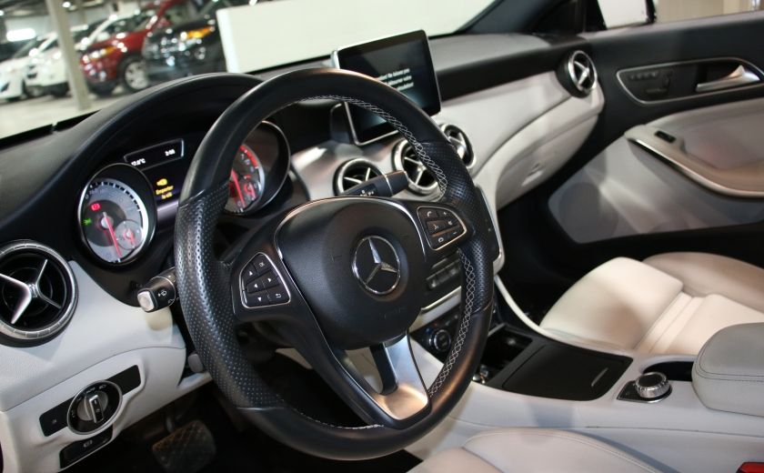 2016 Mercedes Benz CLA250 4MATIC CUIR GPS TOIT PANO #8