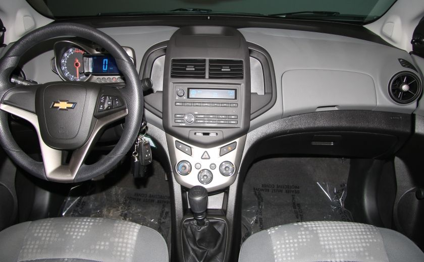 2013 Chevrolet Sonic LS A/C GR ELECT BLUETOOTH #10