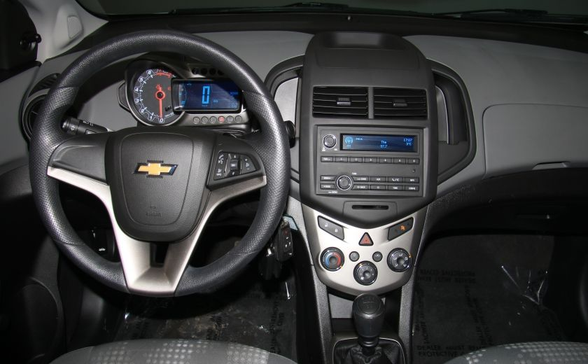 2013 Chevrolet Sonic LS A/C GR ELECT BLUETOOTH #11