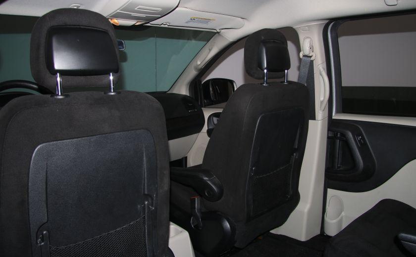 2014 Dodge GR Caravan SXT STOW'N GO A/C GR ELECT #16