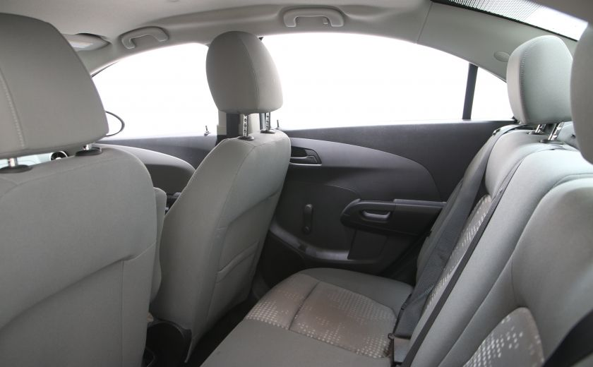 2015 Chevrolet Sonic LS BLUETHOOT #12