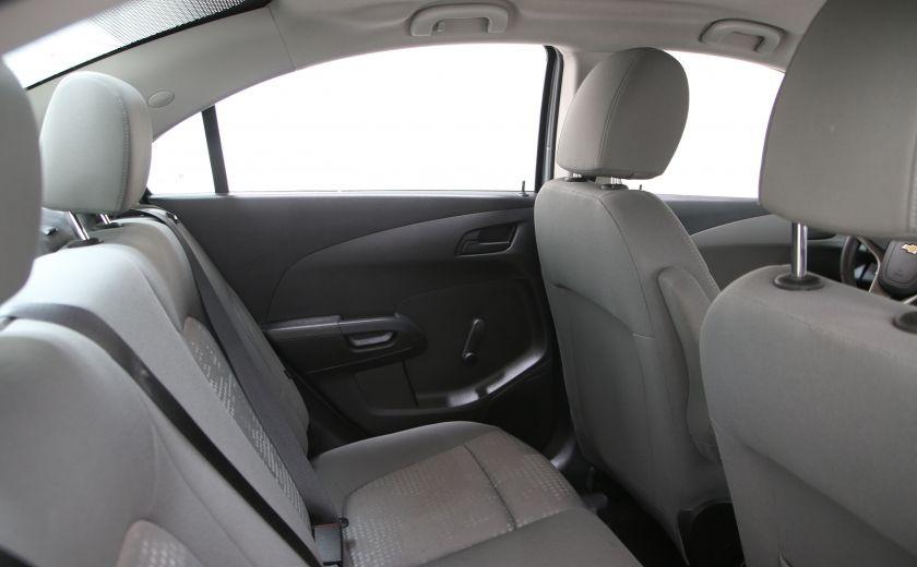 2015 Chevrolet Sonic LS BLUETHOOT #14