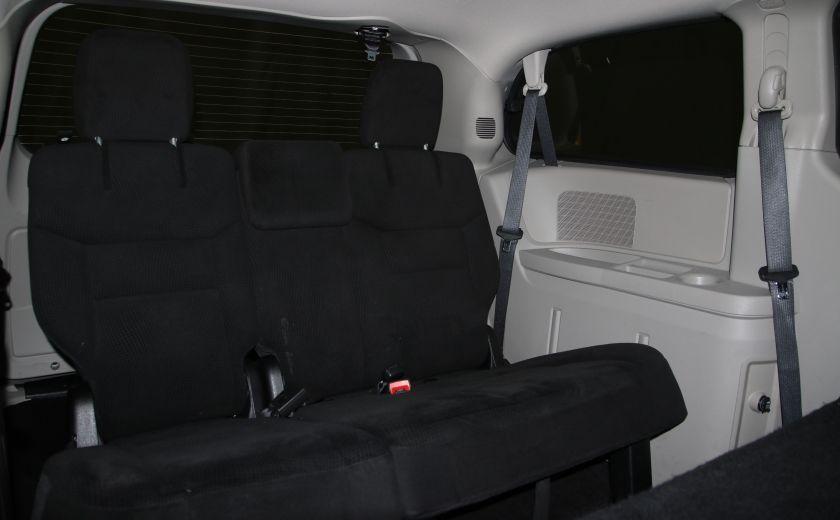 2016 Dodge GR Caravan SXT #21