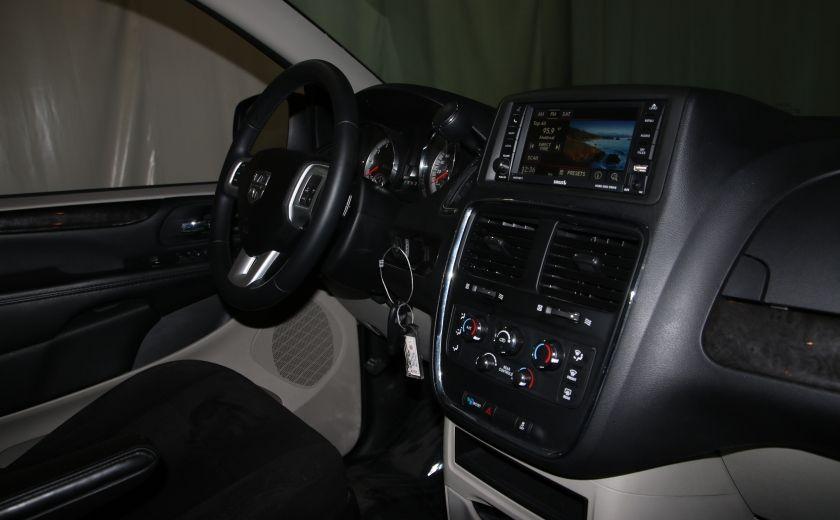 2016 Dodge GR Caravan SXT #23