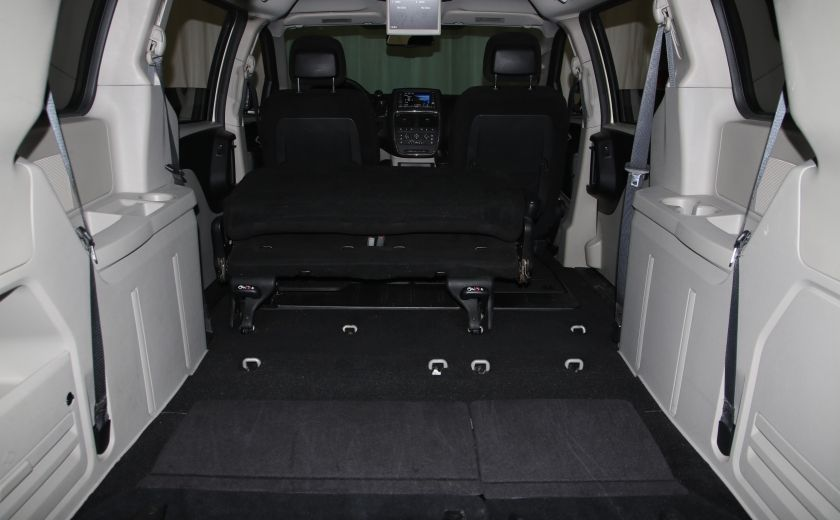 2016 Dodge GR Caravan SXT #29