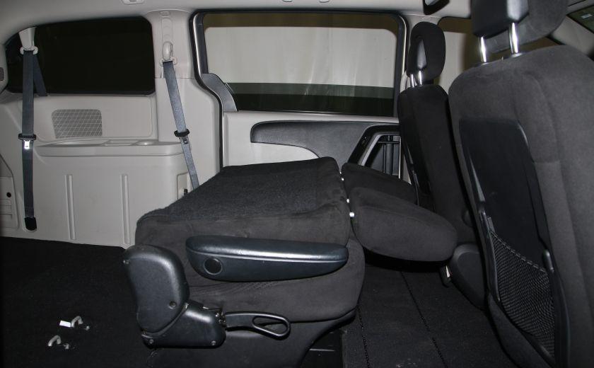2016 Dodge GR Caravan SXT #32
