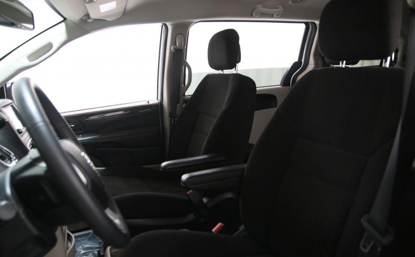 2016 Dodge GR Caravan SXT #8