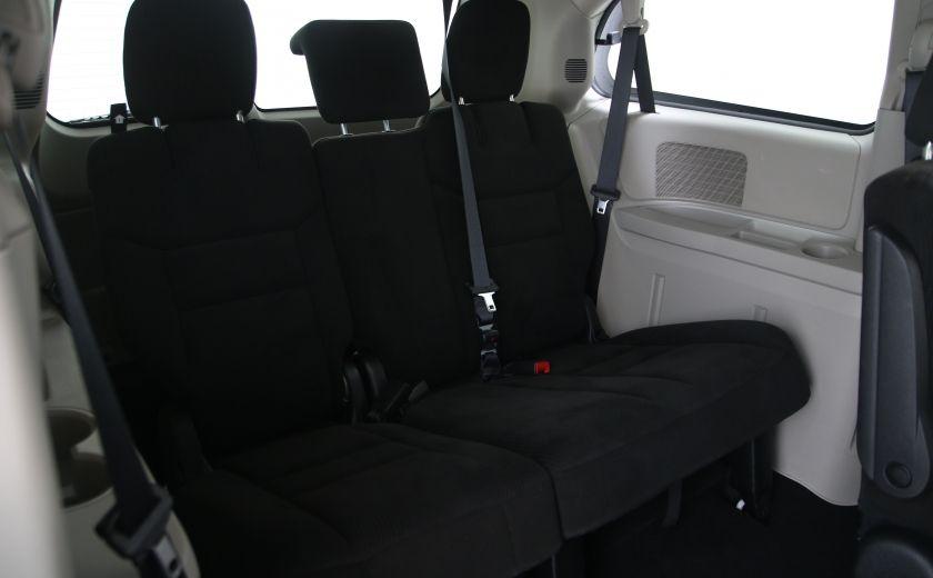 2016 Dodge GR Caravan SXT #17
