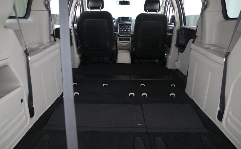 2016 Dodge GR Caravan SXT #27