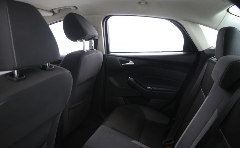 2014 Ford Focus SE #13