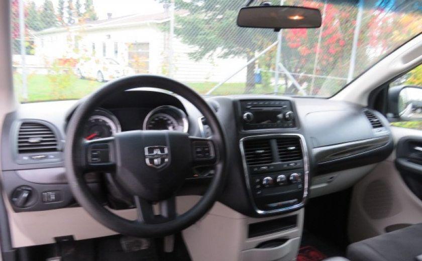 2012 Dodge GR Caravan SE STOW'N GO #8
