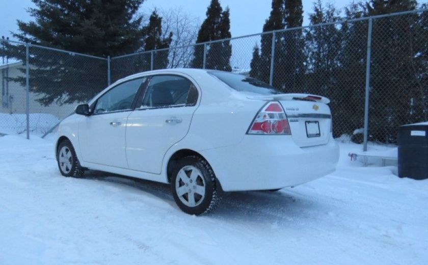 2010 Chevrolet Aveo LT #18