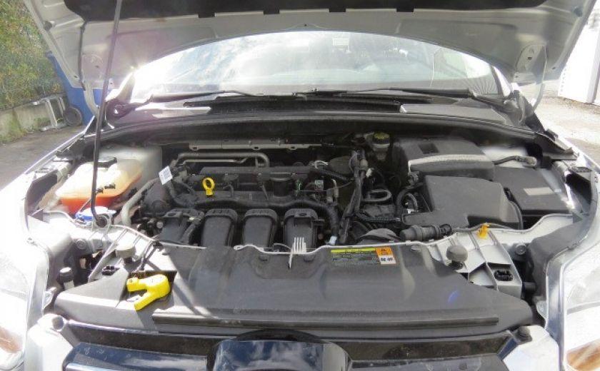 2012 Ford Focus SE et toit ouvrant #3