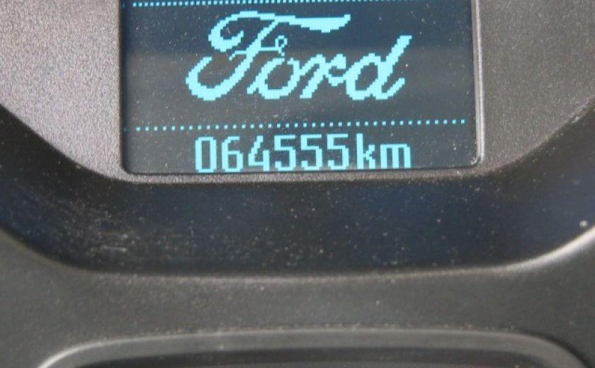 2012 Ford Focus SE et toit ouvrant #21