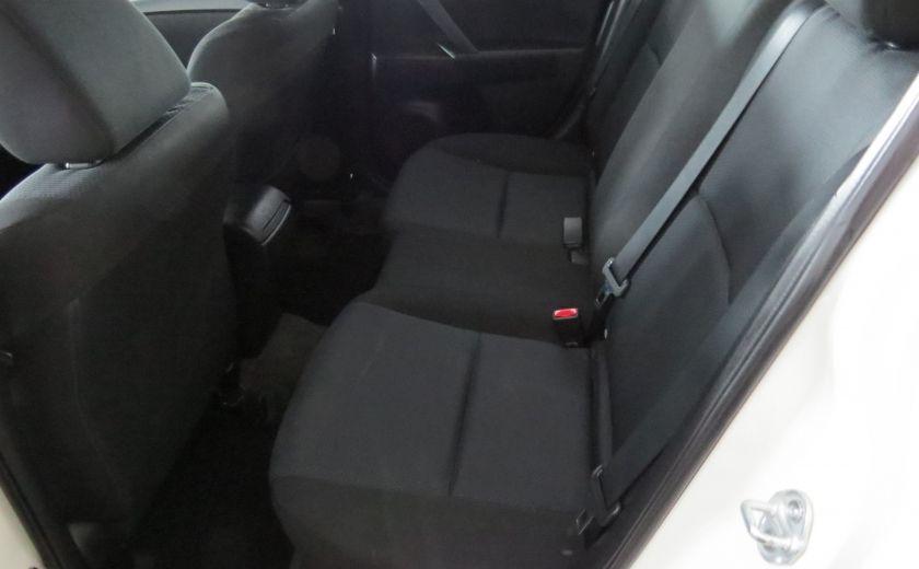 2011 Mazda 3 GX #13