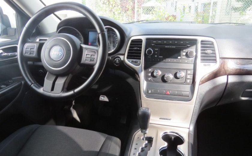 2012 Jeep Grand Cherokee Laredo #16