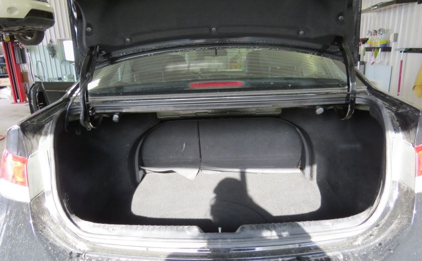 2010 Kia Forte SX et cuir et toit ouvtant #15