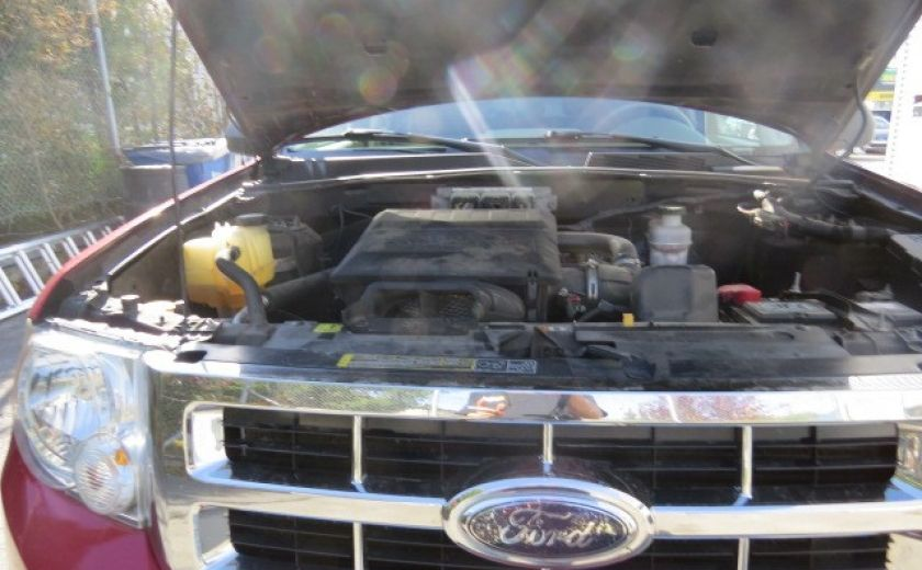 2009 Ford Escape XLT #2